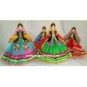 عروسک با لباس محلی گیلان