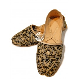 کفش سنتی مدل شماره 1