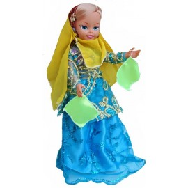 عروسک با لباس بختیاری